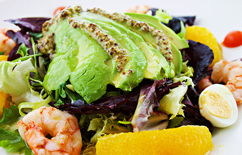 Orange, shrimp and avocado salad with mustard vinaigrette
