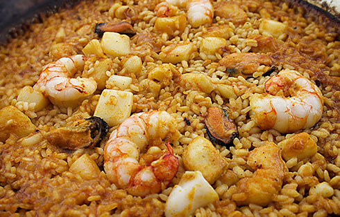 Seafood paella (boned and shelled)